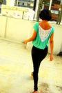 Green-clara-cernadas-t-shirt-black-clara-cernadas-leggings-black-shoes
