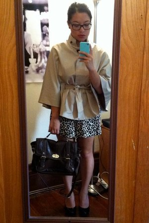 banana republic cape - Aldo bag - leopard print H&M romper - Ray Ban glasses