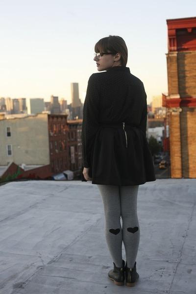 black Nasty Gal skirt - Nasty Gal stockings