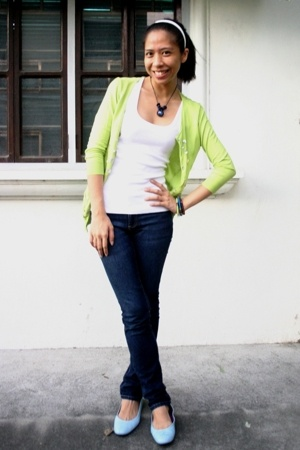 thrifted - No Boundaries top - Zara jeans - Happy Feet - -