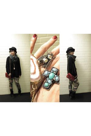 black urbanoutfitterd Deena & Ozzy boots - black wool H&M hat - black op-shop th
