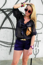 navy Zara blouse - camel leather bag vintage bag - deep purple Atmosphere shorts