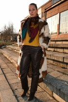 fur vintage coat - reserved boots - wool new look sweater