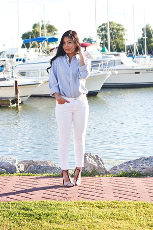 neutral Zara shoes - white skinny rag & bone jeans