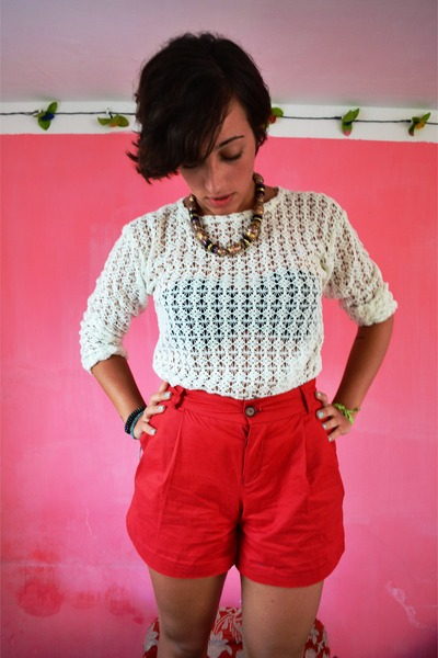vintage top - Oysho shorts - Sodini necklace