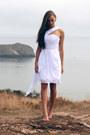 White-oarry-dress