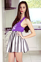 amethyst Skip n Whistle top - white American Apparel skirt