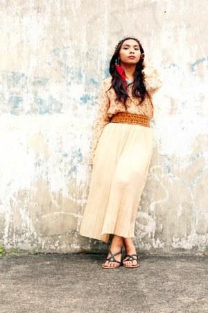 light pink bazaar-bought skirt - bronze waist belt Nava belt - nude Topshop top