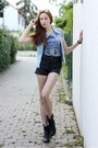 Black-studded-boots-black-faux-leather-h-m-shorts
