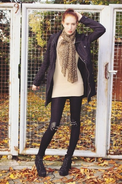 brown leopard print Primark scarf - black parka coat