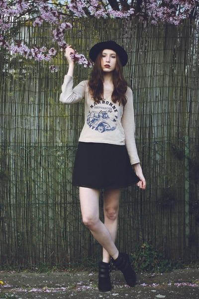 black chic rare london skirt - black Primark boots - black round vintage hat