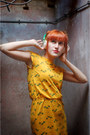 Gold-vintage-dress-chartreuse-tchibo-accessories-green-bata-wedges