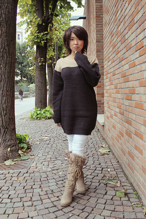camel Motel Rocks jumper - dark khaki fluffy boots boots