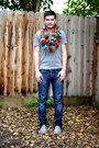 Heather-gray-zara-shoes-navy-levis-jeans-ruby-red-scarf-blue-top-man-belt
