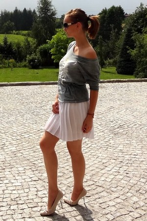 white vintage skirt - heather gray Robert Kupisz shirt