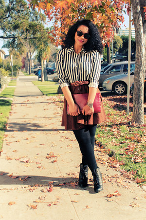 black faux leather Forever 21 boots - black knit Forever 21 tights