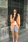 Orange-thrifted-vintage-blazer-dark-brown-urban-outfitters-bag-sky-blue-zara