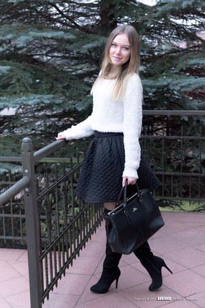 black Wittchen bag - white H&M sweater