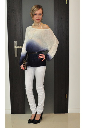white TK Maxx sweater - black Deichmann heels