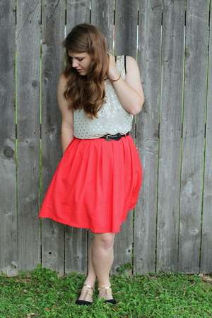 red pleated Local Boutique skirt - black waist New York & Co belt