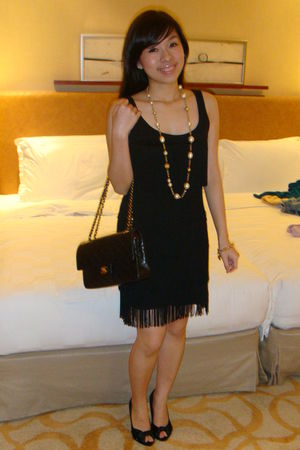 black Dorothy Perkins dress - black Chanel 255 purse - gold Borrowed from mom ac