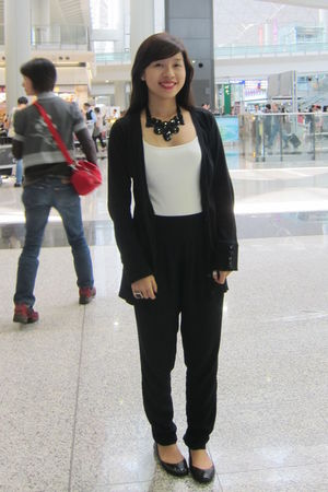 black Topshop pants - black sm department store necklace - black Steve Madden sh