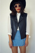 leatherblack vest - denim skirt