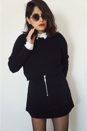 black cropped Zara sweater - zipper black skirt