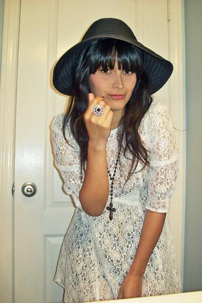 vintage dress - vintage hat