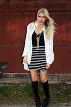 lace up booties Urban Outfitters boots - striped Forever 21 skirt - thrifted blo