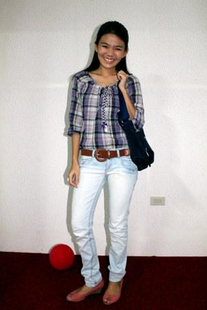 blue skinny Terranova jeans - navy school bag - brown belt - salmon wedge sandal