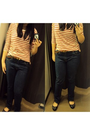 navy jeans - red striped Zara blouse - brown braided belt - black jewelled flats