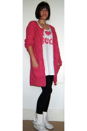 pink H&M cardigan - white kathrine Hamnett dress - black leggings - white Kurt G