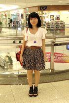 white gmarket top - black FEP skirt - black myrosebullet shoes