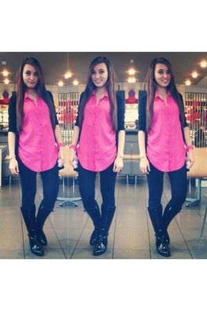 hot pink pink top Dotti top - black black boots Novo boots