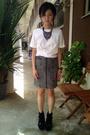 Gray-topshop-skirt-white-mu-top-black-pedderred-boots-green-handmade-gift-