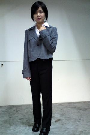 gray g2000 blazer