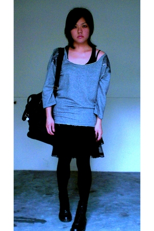 gray Zara sweater - black boots - black pannier skirt