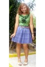 Violet-random-skirt-white-from-mom-shoes-teal-random-top