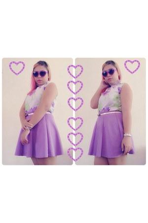 violet soft random top