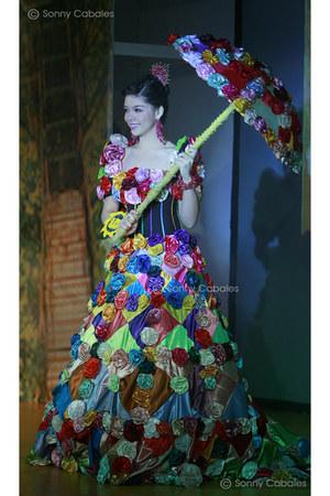 Totoy Madriaga dress