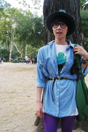 Zara shirt - vintage Ferragamo belt - leggings - vintage hat