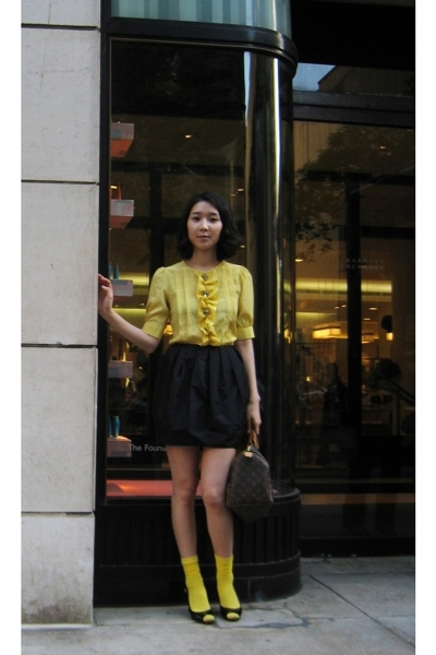 vintage - H&M skirt - American Apparel stockings