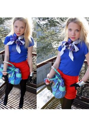 blue souvenir from Paris scarf - aquamarine Guess bag - red H&M shorts