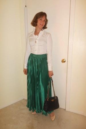 dark brown DKNY bag - green American Apparel skirt