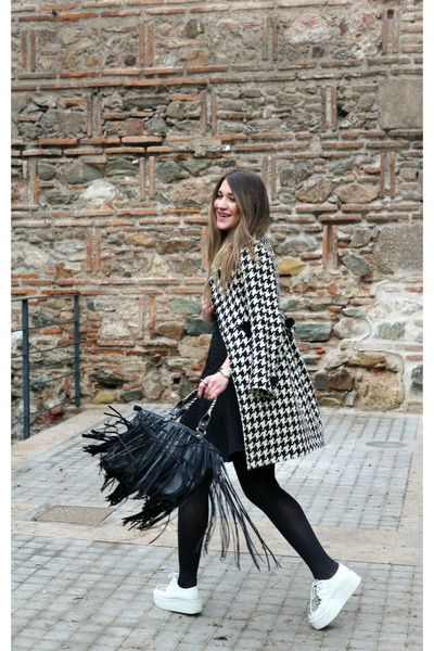 coat - creepers shoes - black closet dress - fringe chicnova bag
