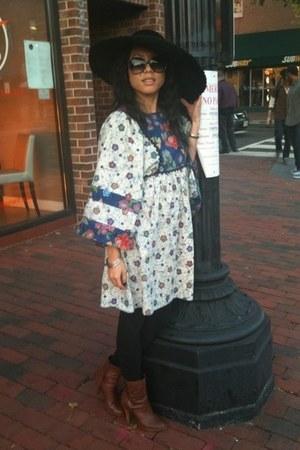 vintage 70s dress - Nine West boots - vintage valentino hat