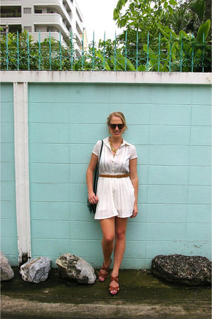 white vintage dress - green vintage bag - brown Steve Madden shoes - gold Stepha