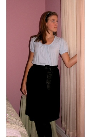 New York & Company shirt - unknown skirt