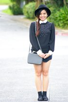 black Topshop hat - black landmark blouse